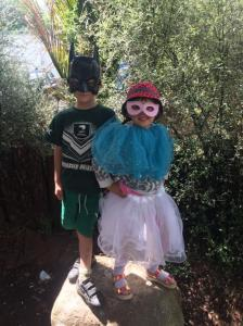 children in dress up.