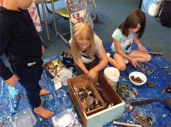 Kaimai School students – crafting.